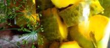 Marinuoti agurkai su ciberžole