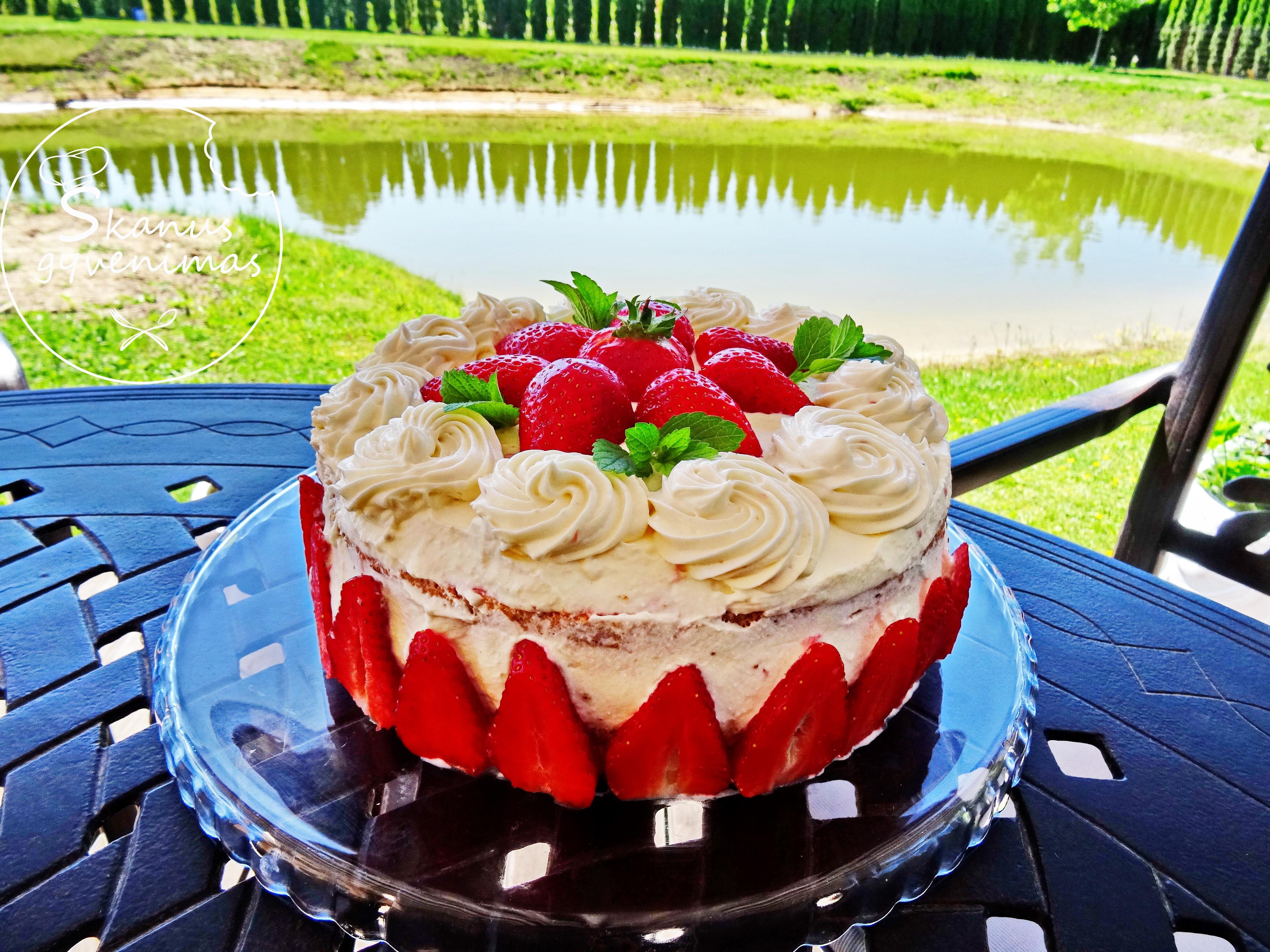braškės,tortas